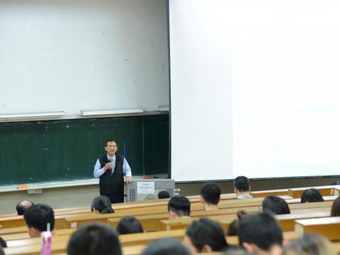 109學年度中醫學院師生座談會3.jpg